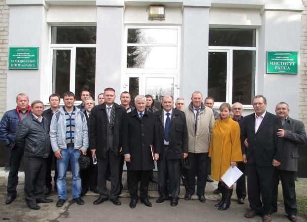 Кировчане изучали опыт семеноводства в липецке