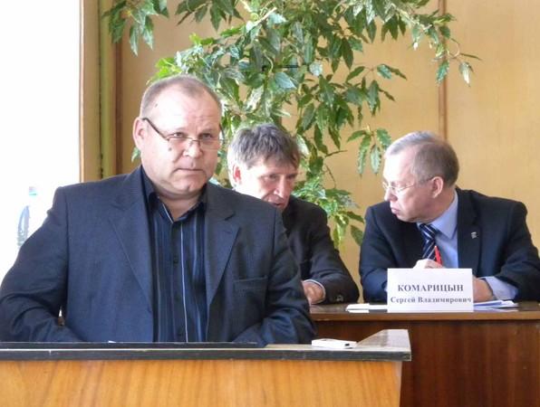 Председатель спк елгань о.и.мусихин выступает на совещании в фаленках