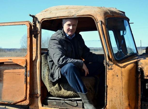 Из кабины трактора в кресло министра